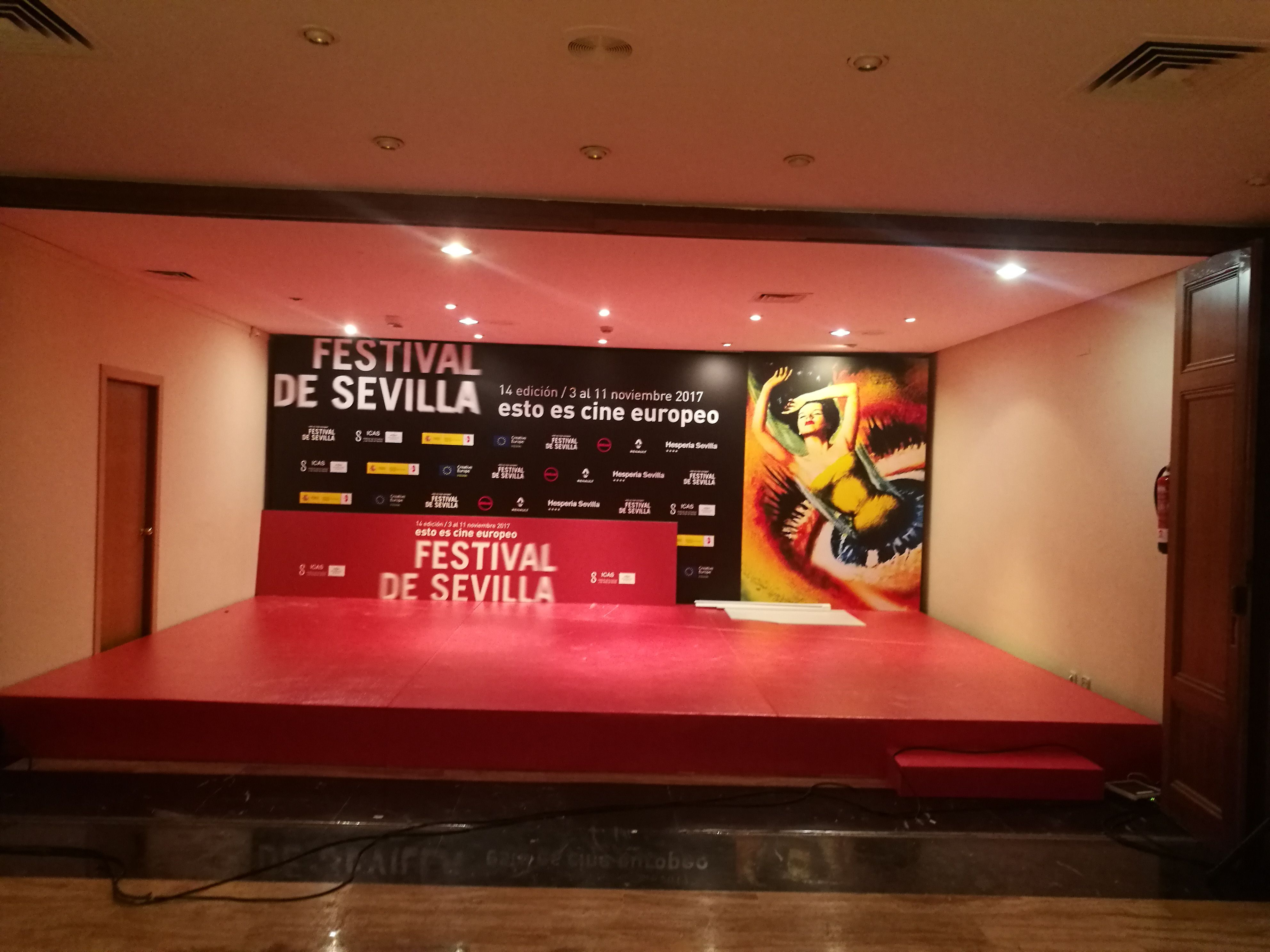 decoracion y montaje festival de cine de sevilla, impresion digital, eventos
